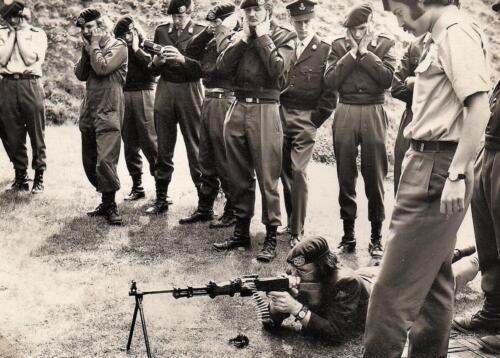 1971-1972 A-Esk 103 Verkbat; Inlichtingendag. Uit het fotoboek van de Ritm RRRE Meede