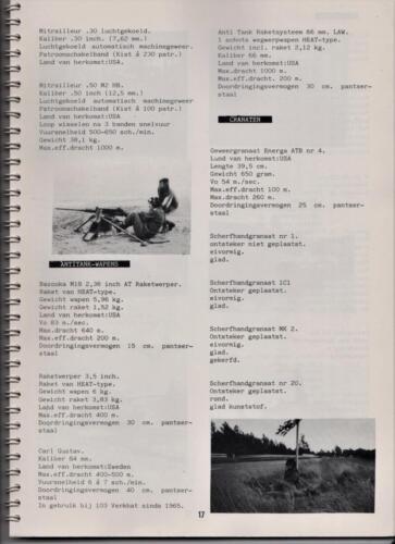 1986 'Contact, wacht uit'... Kroniek van 25 jaar 103 Verkenningsbataljon 17