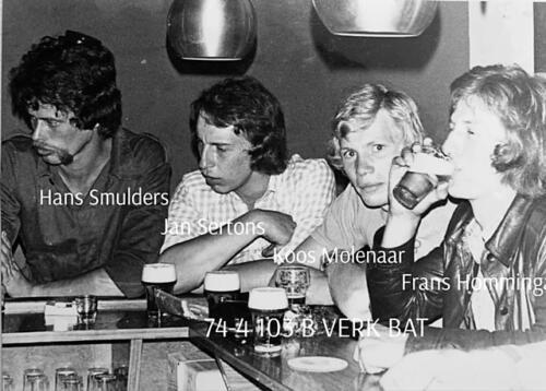 1974-1975 B-Esk li 74-4 103 Verkbat; Oefeningen en kazerneleven. Inzender Frans Homminga (25)