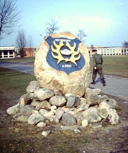 1966-1967 A-Esk 103 Verkbat; Roemruchte stenen, iets voor Amersfoort. Uit het fotoarchief van Jan Stoffels  (1)