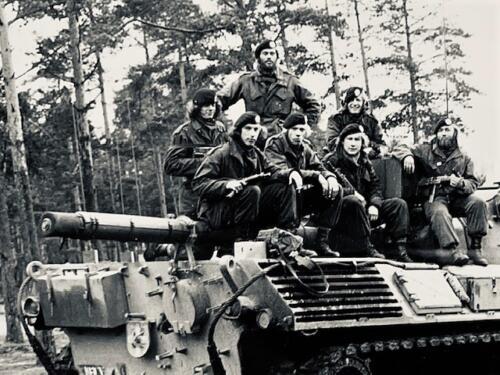 1974-1975 B-Esk li 74-4 103 Verkbat; Oefeningen en kazerneleven. Inzender Frans Homminga  (7)