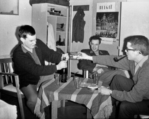 1966-1967 A-Esk 103 Verkbat; Het leven op de legeringskamers. Uit het fotoarchief van Jan Stoffels  (4)