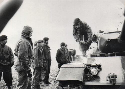 1972 A-Esk 103 Verkbat; NBC ontsmettingstraat. Uit het fotoboek van de Ritm RRRE Meeder  (1)