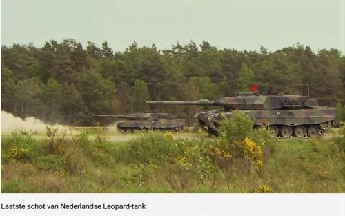 2011 05 18 Bergen Hohne Het laatste schot van de Nederlandse leopard II tank. 8