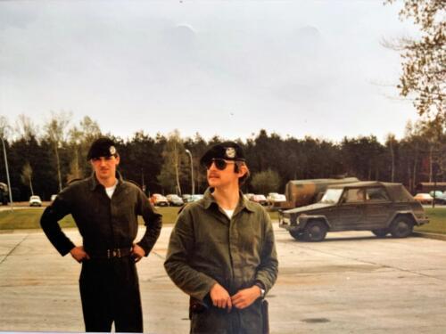 36. 1980 A Esk 103 Verkbat 79 4 Deelname Boeselager John Emmen en tlnt v d Aker. Fotoalbum John Emmen 1 1