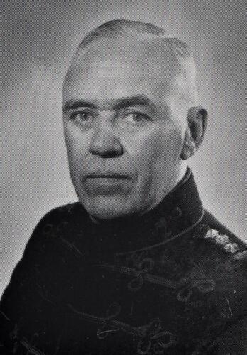 4. 1965 05 01 tot 1968 01 15 Lkol J. H. Bos Commandant 103 Verbat