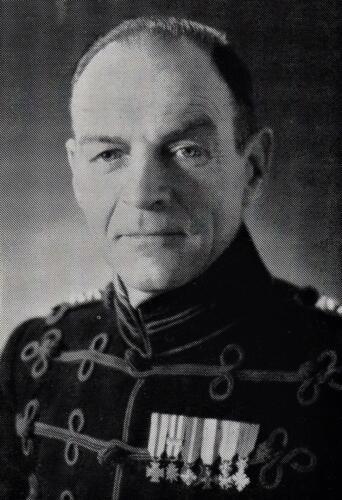 5. 1968 01 15 tot 1970 01 15 Lkol P. J. van Splunter Commandant 103 Verbat
