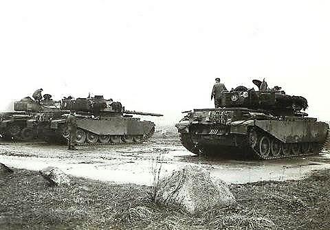 8. 1962 103 Verk bat Schietserie BergenHohne. De Centurions in actie.