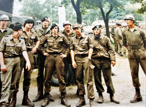 9. 1982 B Esk 103 Verkbat Inz. Tom Dusseldorp 9