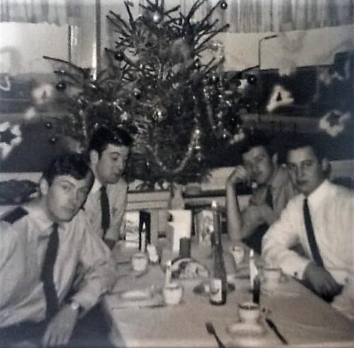 1967 12 A Esk 103 Verkbat li 67 2 Esk Ritm Scouten Elnt Nix en Owi Brunschot. Kerstviering 1967. Inz. Martin Elsman 1