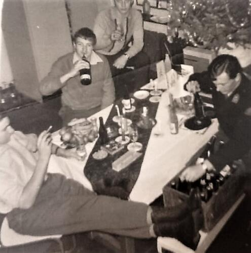 1967 12 A Esk 103 Verkbat li 67 2 Esk Ritm Scouten Elnt Nix en Owi Brunschot. Kerstviering 1967. Inz. Martin Elsman 2