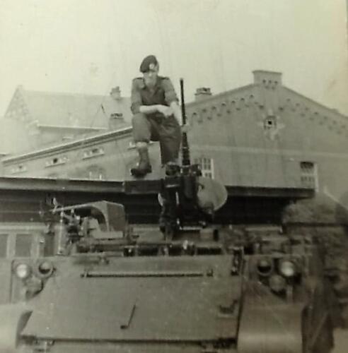 1967 4 A Esk 103 Verkbat li 67 2 Amersfoort 1e oef Willem III daarna wacht Seedorf.Inz . Martin Elsman