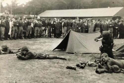 1968 A Esk 103 Verkbat li 67 2 Esk Ritm Scouten Elnt Nix en Owi Brunschot. Ouderweekend. Inz. Martin Elsman 1