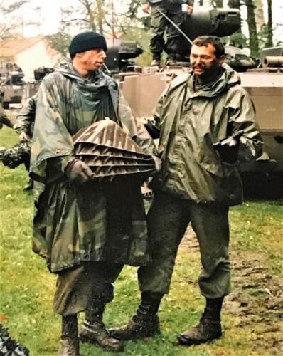 1988 1989 A esk 103 Verkbat Oef. 1e Pel 88 4 en 5. De keggen en de wiggen bij regen. Inz. Rolf Jan Goosen.