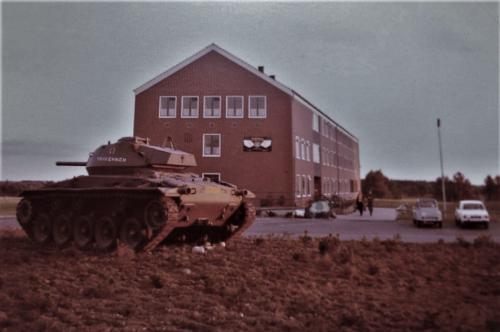 SSV Esk 103 Verkbat Inz. Willem Bezemer. Perkje met Chaffee tank en steen 2